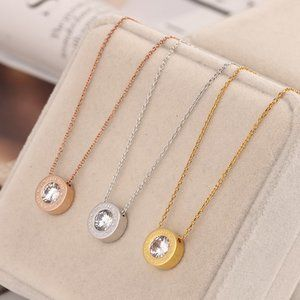 Michael Kors Stone Round Pendant Short Necklace